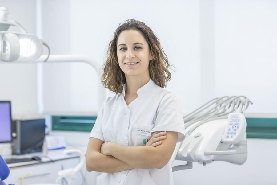 La Dra. Noelia Garcia es especialista en Odontología Estética y en Odontopediatría
